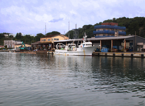青森県鯵ヶ沢の海